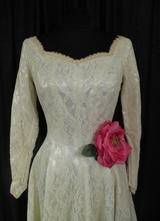 1940's Cream lace gown with huge train/34