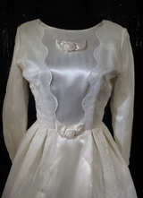 1950's Cream satin/organza dress with long sleeves/34