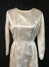 1960's White brocade with small train and long sleeves/38