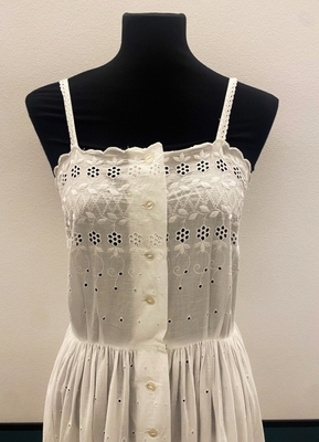 1950's White cotton broderie anglaise dress/34-36