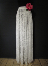 1970's-style White lace skirt/38