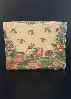 1960's Floral beaded bag.