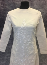 1960's Ivory gown with embroidery/36