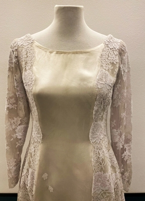 1960's Cream and grey satin lace dress/36
