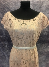 1930's-style Nude lace gown/38-40