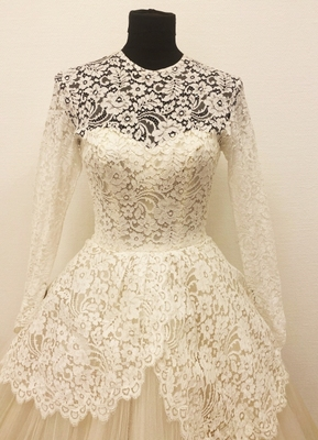 1950's White lace/tulle dress/32