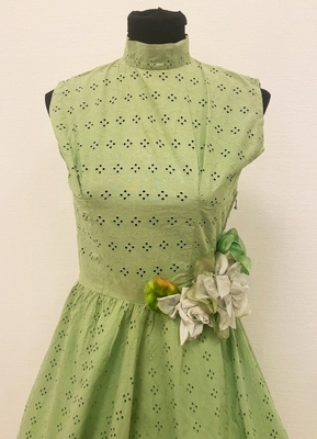 1950's Apple green broderie anglaise dress/36