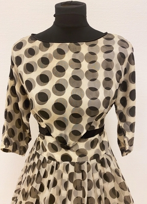 1950's Black and white dotted dress/38