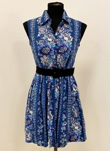 1960's Blue floral girls dress/32
