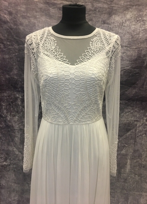 1990's White beaded chiffon gown/38-40