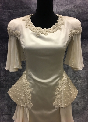 1980's Cream Italian couture gown/36