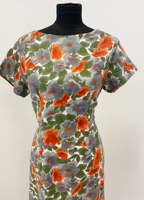 1950's Grey floral wiggle dress/40-42