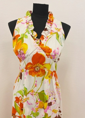 1970's White dress with orange flowers/36