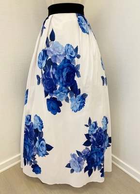 1960's-style White/blue floral skirt/36