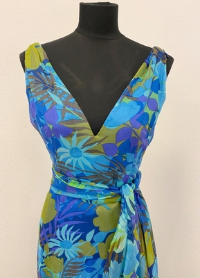 1960's Blue floral chiffon gown/36