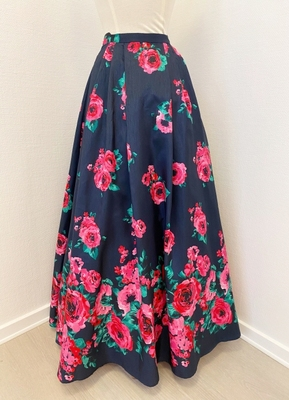 1960's-style Navy floral skirt/36
