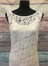 1930's-style Ivory soft lace gown/38