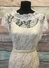 1930's-style Ivory soft floral lace gown/38