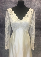 1970's Cream satin lace gown/36