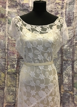 1930's-style White bias cut lace gown/40