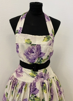 1950's Ivory purple floral gown/32
