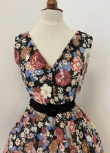 1950's-style Rose dress with flowers/40