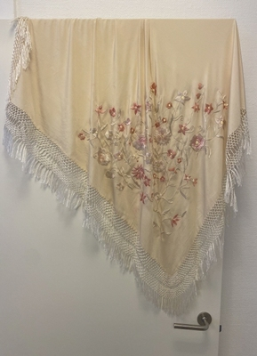 1920's Cream shawl.