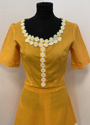 1970's Yellow dress/36