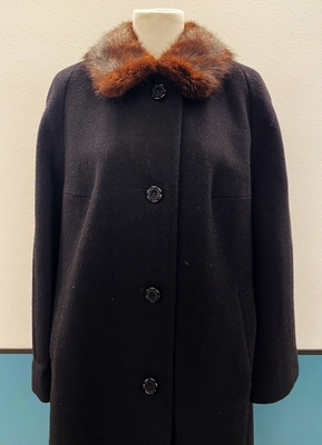1960's Black boucle coat with mink collar/42