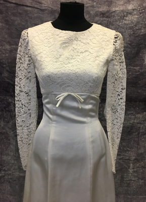 1960's Ivory satin dress with lace top/34