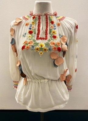1930's White embroidered shirt customized with leaves/36