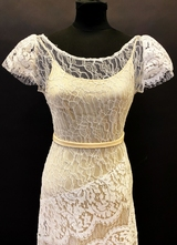1930's-style White French lace gown/36-38