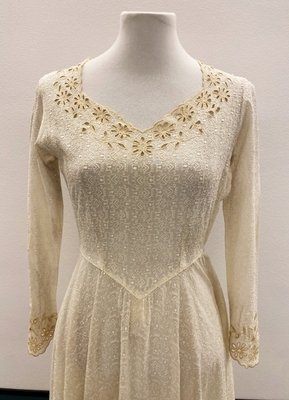 1930's Ivory broderie anglaise dress/32