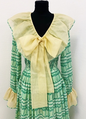 1970's Green gauze dress with organza collar/36