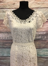1930's-style Ivory lace gown with lace collage/40