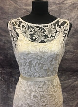 1930's-style White cobweb lace gown/36-38